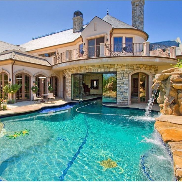 893 best luxury pools images on pinterest indoor for Pictures of nice mansions