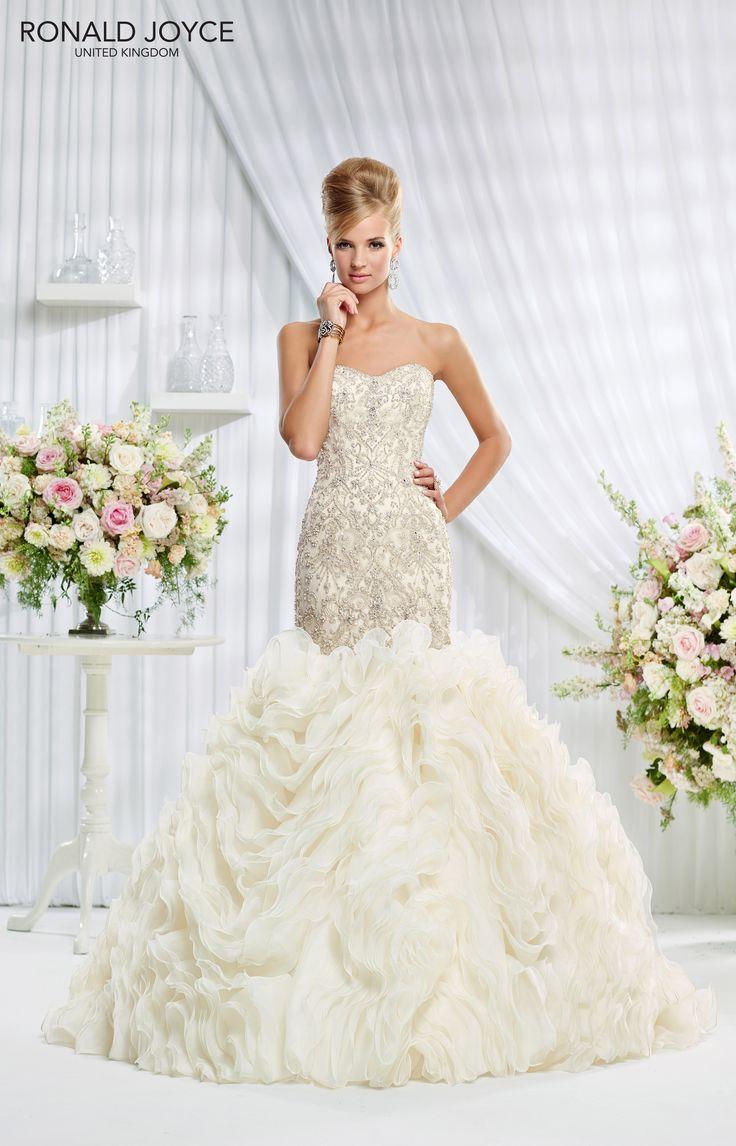 31 best Fishtail.. images on Pinterest | Short wedding gowns ...