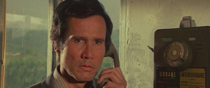"""Henry Silva in """"Il trucido e lo sbirro"""" (1976)"""