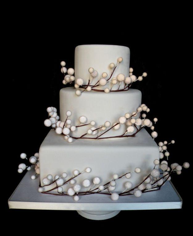 torte-nuziali-natalizie-bacche-bianche