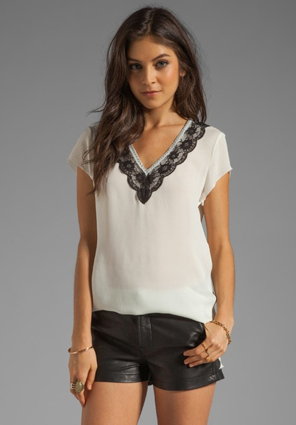 Silk Lace Trim V-Neck T-Shirt - Lyst
