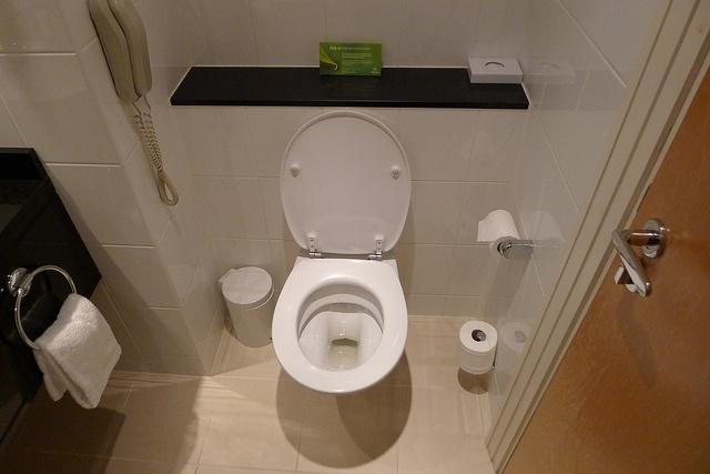 27 best modern bathroom design images on pinterest for Best bathrooms dublin