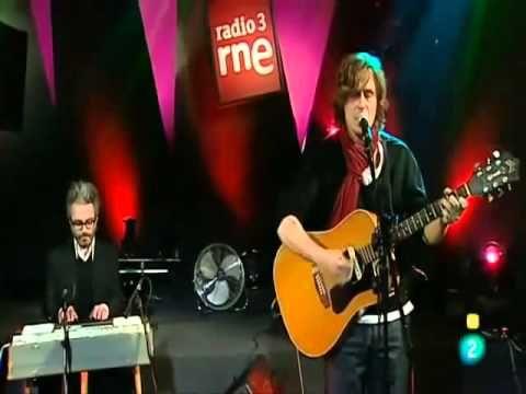 """Nacho Vegas """"Lo que comen las Brujas"""" Conciertos Radio 3 (La Zona Sucia) - YouTube"""
