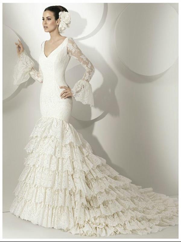 40 best images about Spanish Shoulder Wedding Dresses on Pinterest ...
