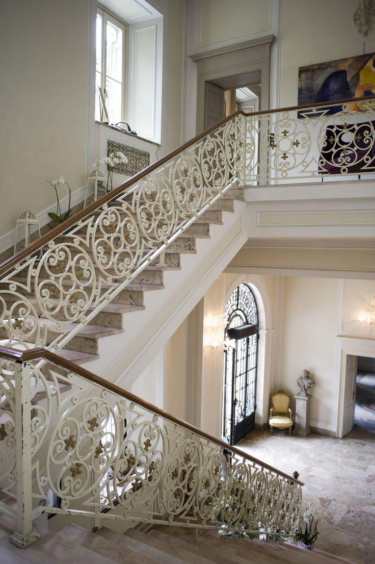 Uno scorcio dell'ingresso di Villa Acquaroli, una location per matrimoni e ricevimenti a Bergamo