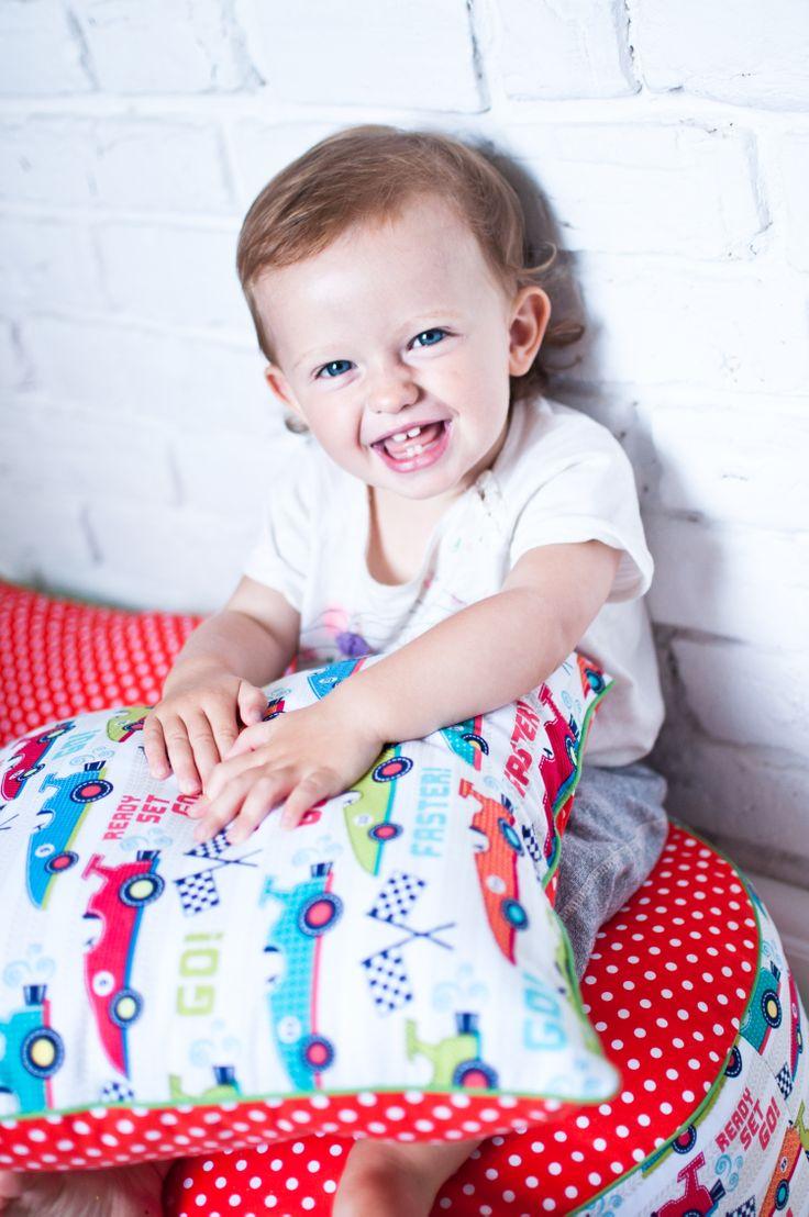 http://www.lampsandco.eu/kategoria/cushions