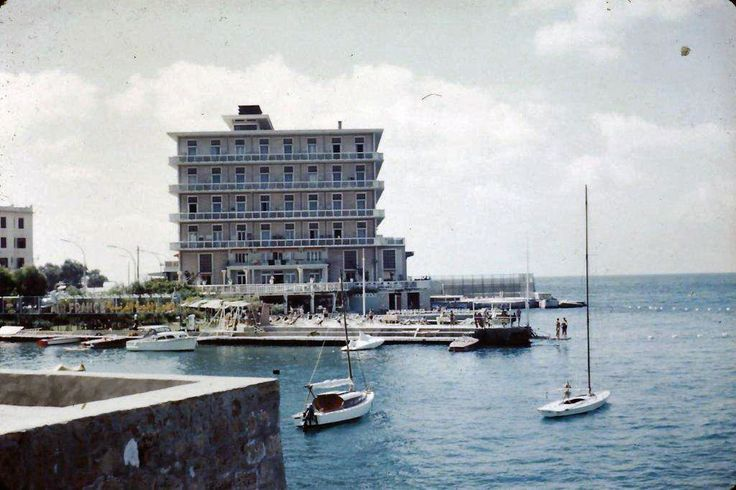 St. Georges Hotel [1958]