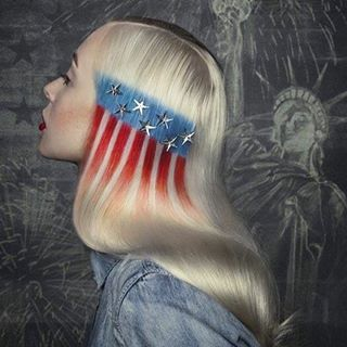 Happy Independence Day! 🇺🇸⭐️ I luv this hair art by @cameronlesiege!! Besides patriotic, it's just badass. #haircolor #longhair #hairart #hairextensions #hairinspo #hairinspiration #fourthofjuly #independenceday #americanflag #curlyhair #salon #salonlife #beauty #fashion #model #straighthair #platinumblonde #hairstyles