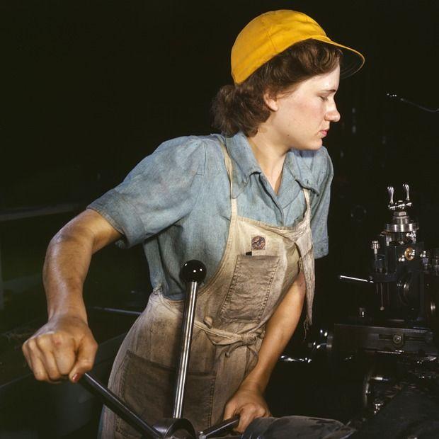 Семья плюс карьера: Как права женщин стали обязанностями — Мнение на Wonderzine