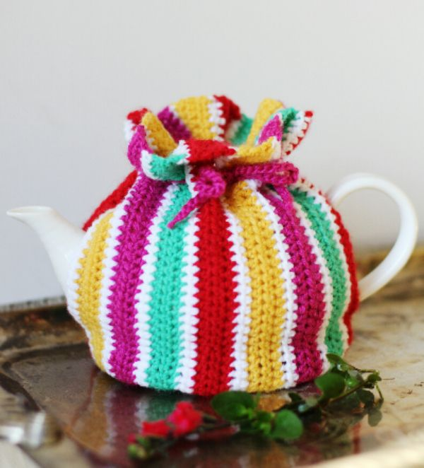 Love tea? Try this colorful striped tea cozy in Vanna's Palettes. Pattern by Mon Petit Four.