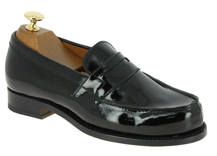 Center 51 vous présente le modèle  Mocassin Femme John Mendson 0622 cuir vernis noir à 149,00 €  retrouvez-le sur https://www.center51.com/fr/mocassins-pour-homme/789-mocassin-femme-john-mendson-0622-cuir-vernis-noir.html