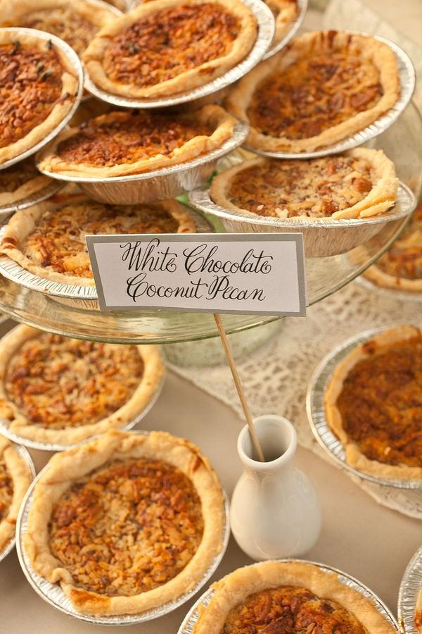 mini pie desserts.