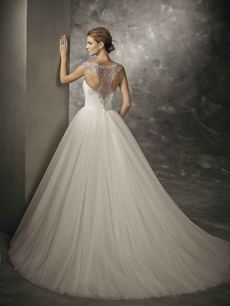 wedding dress - Divina Sposa collection 2016