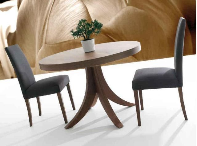Mesa redonda con un solo pie en el centro ideal para - Mesa salon redonda ...