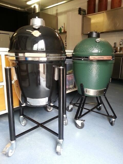 Nu ook BBQ kookles op de Big Green Egg en de Grill Dome