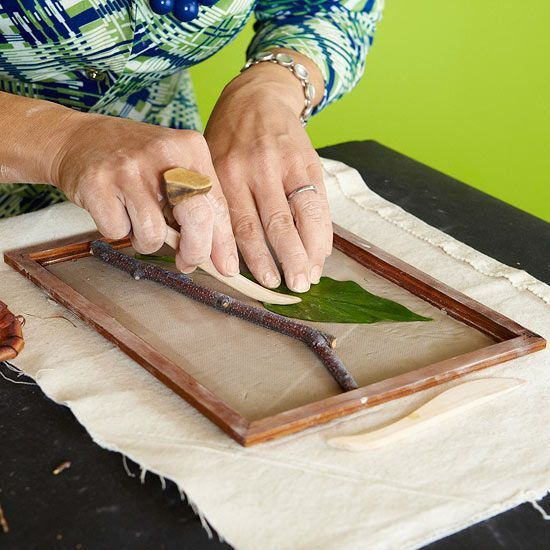 Create beautiful nature-inspired wall art plaques with these step-by-step instructions.
