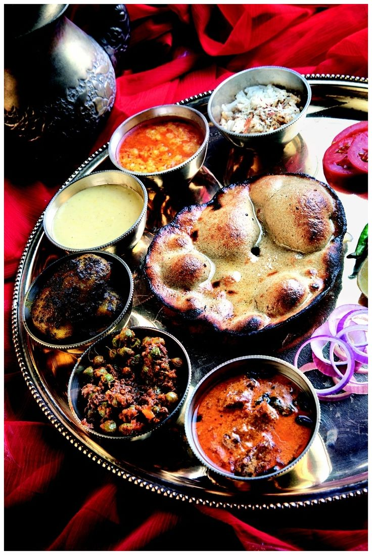 Maharaja Thali, Indian I would love to own a few sets of these!