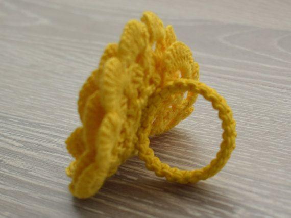 Esegue il wrapping di giallo floreale anelli Thanksgiving