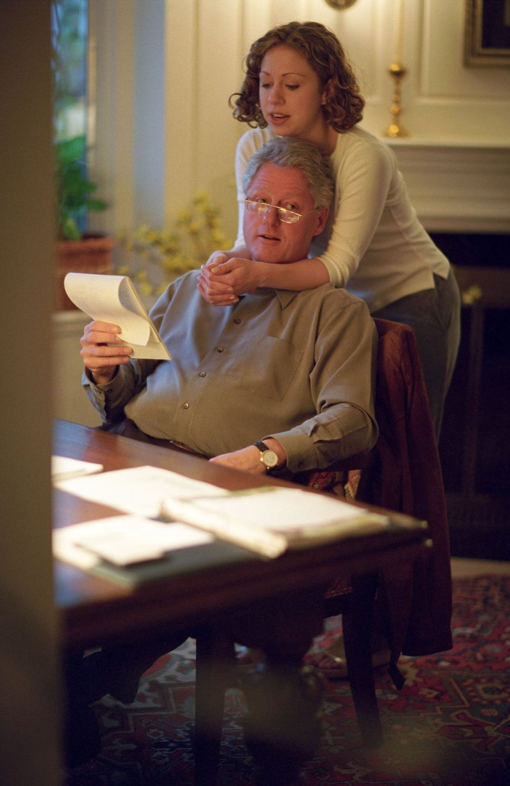 Photograph of President William (Bill) Jefferson Clinton and Chelsea Clinton in the Study of the Chappaqua Residence in Chappaqua, New York, 11/07/2000