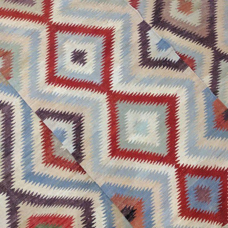 Veggie Dye Kilim Runners ⭐️ #entryway #entrywaydecor #rugs #interiordesign #kilim #kilims #sydney #sydneystyle #flatweave #rug #interiorinspiration #decor #gallery #design #designinspiration #carpet #boho #bohemian #homedesign #textiles #earthy #tribal #bohostyle #foyer #natural #hallway #hallwayrunner  #art #exhibition #gallery