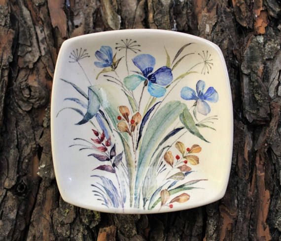 Hey, I found this really awesome Etsy listing at https://www.etsy.com/ru/listing/516795669/decorative-plate-wild-flowers