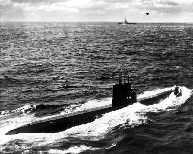 USS Seawolf (SSN-575) The atomic reactor powering the SEAWOLF differed from that of the NAUTILUS, it used liquid sodium instead of water as a moderator and cooling medium.
