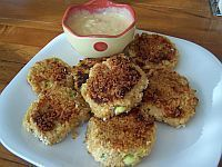 Salmon patties are a tasty, healthy alternative to burgers. This recipe for salmon patties is made with Asian flavors. A green salad goes well with this fried salmon patties recipe.