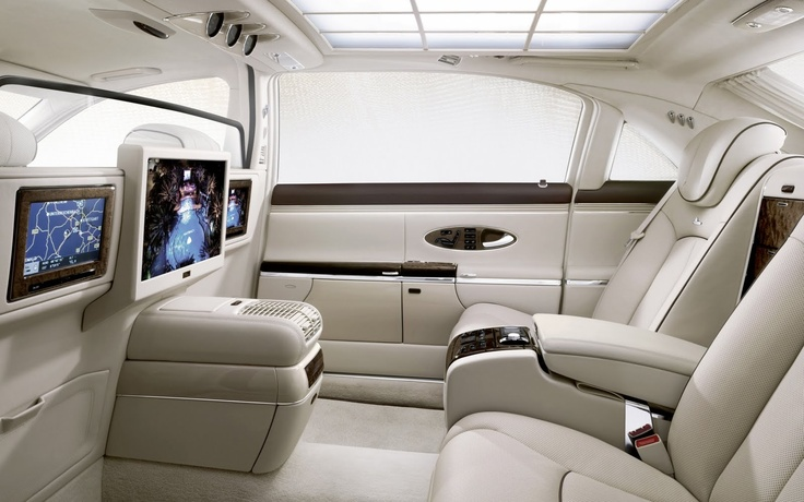 Thinking I could go for a long drive in this baby. Maybach