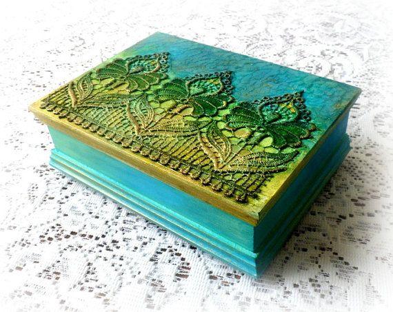 Portagioie in legno scatola magica keepsake di CarmenHandCrafts
