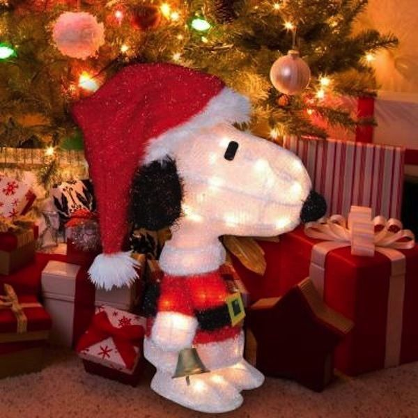 18 Magical Christmas Yard Decorations: 25+ Best Ideas About Snoopy Christmas Decorations On