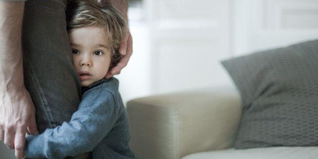 Ein Hirnforscher erklärt: Wie Eltern ihren Kindern den wichtigsten Aspekt ihrer Kindheit stehlen