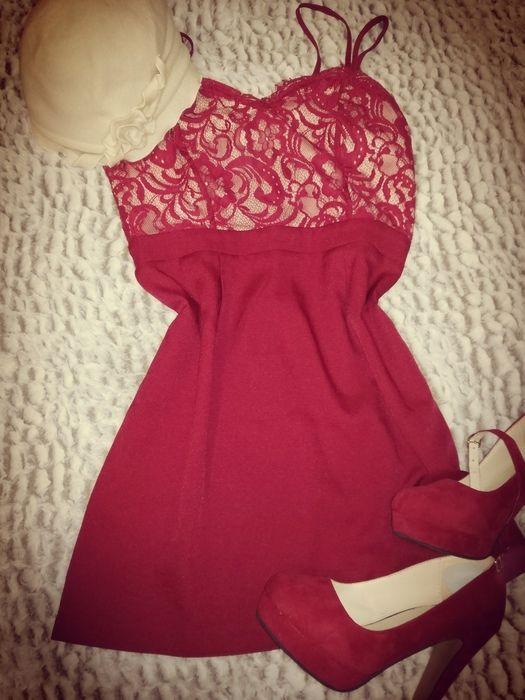 Czerwona sukienka Boohoo, koronka, mini