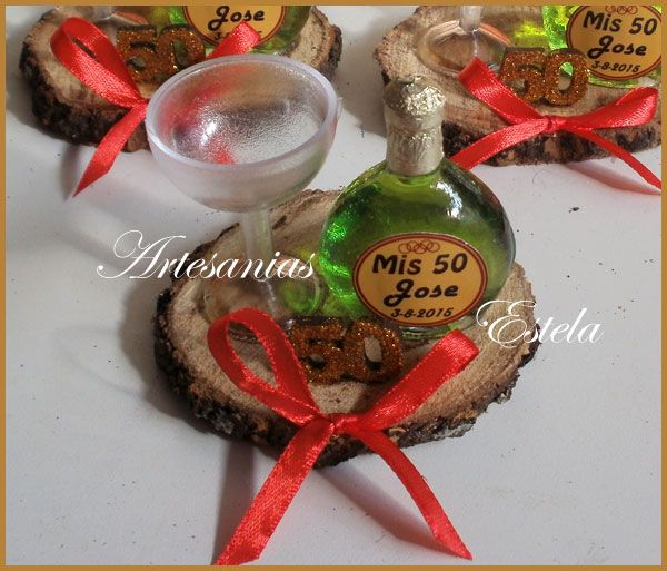 Souvenirs 50 Años Botellitas De Vino Personalizadas