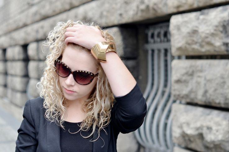 cat eye sunglasses + statement jewelry