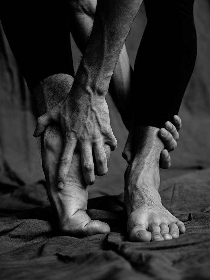 Les Danseurs – Les hommes du ballet de Paris photographiés par Matthew Brookes