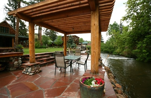Stone Patio On Bear Creek At The Cabins At Country Road