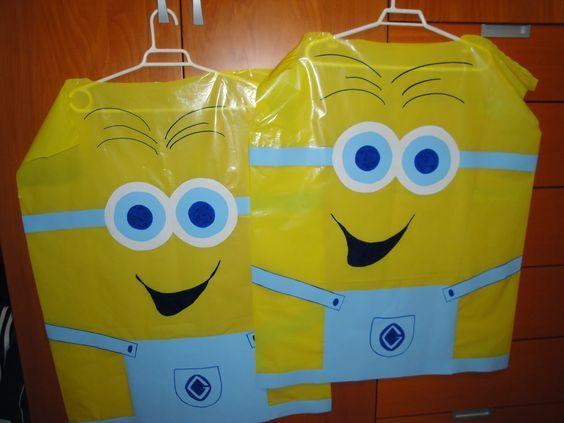 #Disfraces de #Minions con #bolsas de #basura #amarillas y #cartulinas #HOWTO #DIY #artesanía #manualidades