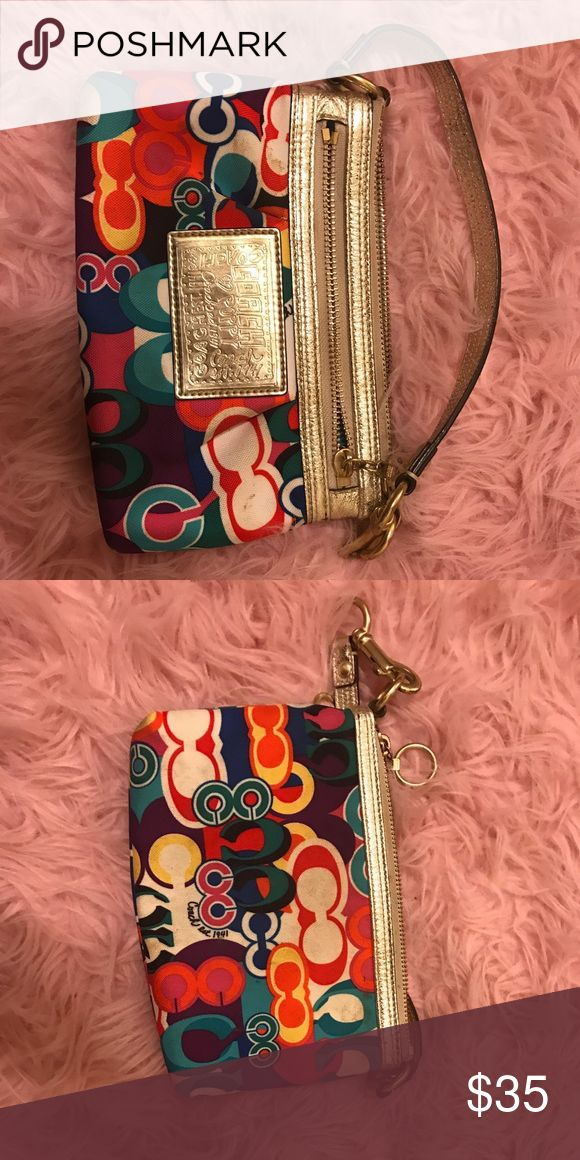 Large Coach Poppy Pop Art Wristlet Bright and colorful Coach poppy pop art wristlet with gold detailing. Slight wear, but good condition! Coach Bags Clutches & Wristlets