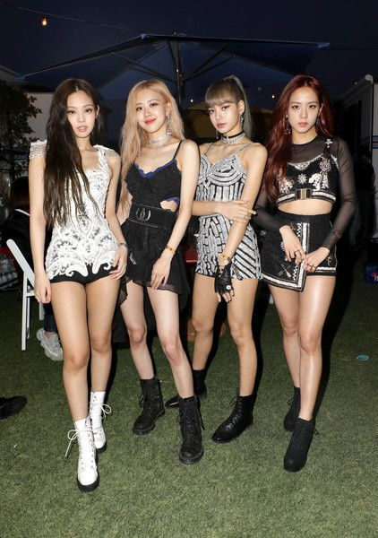 Jennie Kim Lifestyle Wiki Net Worth Income Salary House Cars Favorites Affairs Awards Family Facts Bio Blackpink Fashion Black Pink Kpop Blackpink