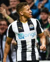 Newcastle 4 Norwich 3: Dwight Gayle nets late winner in thriller at St James' Park