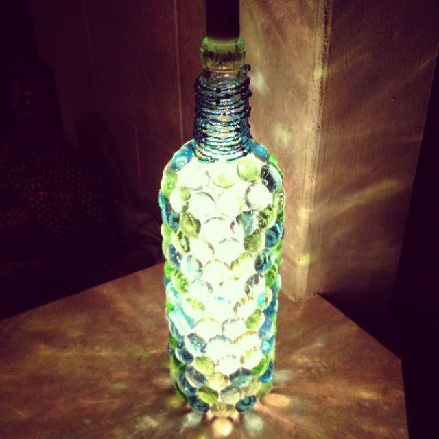 Diy wine bottle night light lighting diy 39 s ideas for Wine bottle light ideas