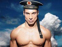 Hanno fondato una casa di produzione hard gay nel paese che ha messo nel mirino proprio le persone lgbt. Per questo il loro primo film prenderà in giro Putin.