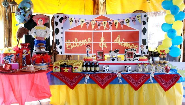 Jessie (toy story) birthday party...super cute!: Child Parties, Birthday Parties, Birthdays, Cowgirl Duo, 1St Birthday, Toy Story Birthday, 2Nd Birthday, Birthday Party, Birthday Ideas
