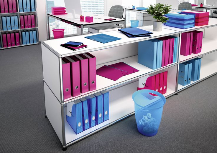 Combining blue and pink can add a touch of 'freshness' to an office. Whilst blue suggests clarity and openess, adding a splash of pink adds harmony and enhances communication.
