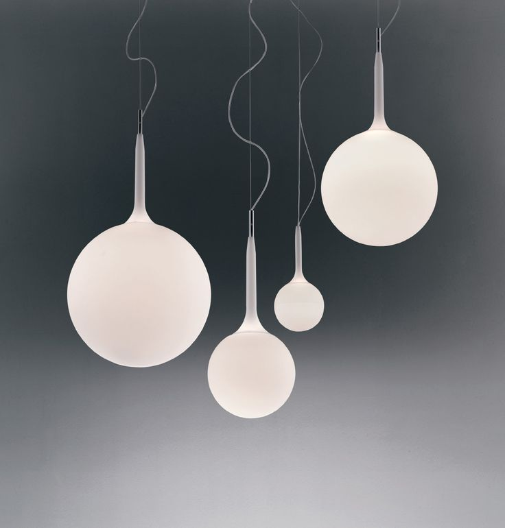 Castore pendant by Artemide on ECC