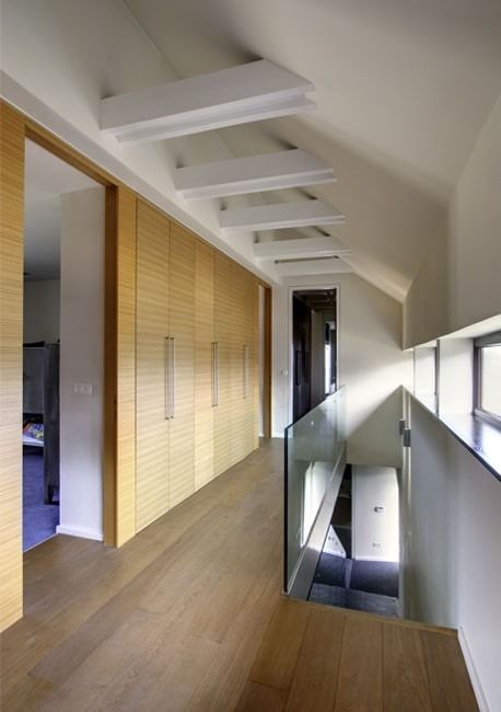 upstair interior barn-style house inspiration
