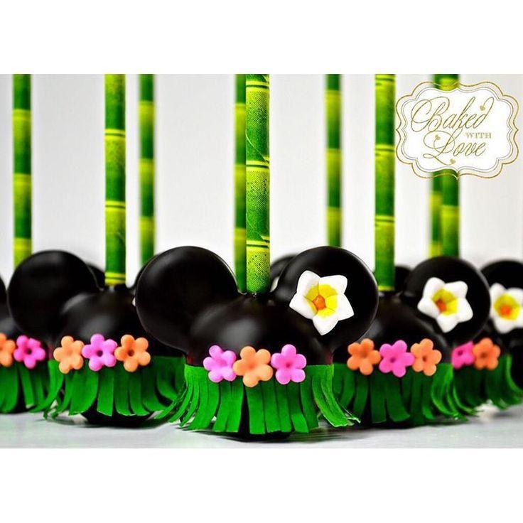 Minnie Mouse Luau Cake Pops