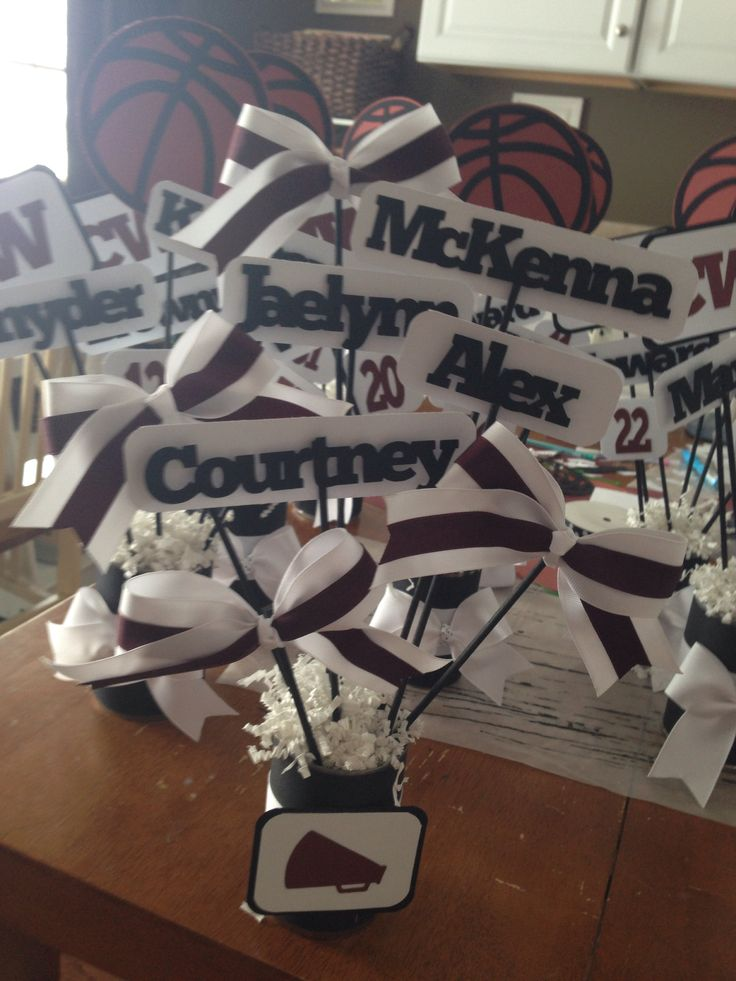 Banquet tables decorations centerpieces photograph basketb for Cheerleading decorations
