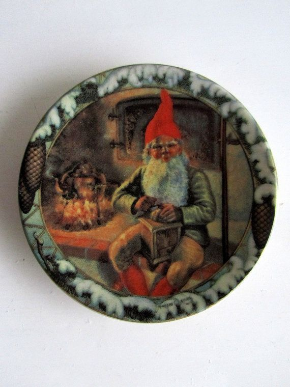 Arabia Finland Christmas Wall plate Design Anders Olsson 1982