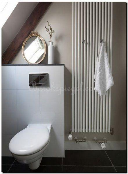 Geef uw toilet de juiste beleving door een mooie strikspiegel en accessoires. spiegel te bestellen bij: https://www.barokspiegel.com/venetiaanse-spiegels/spiegel-met-strik-giana